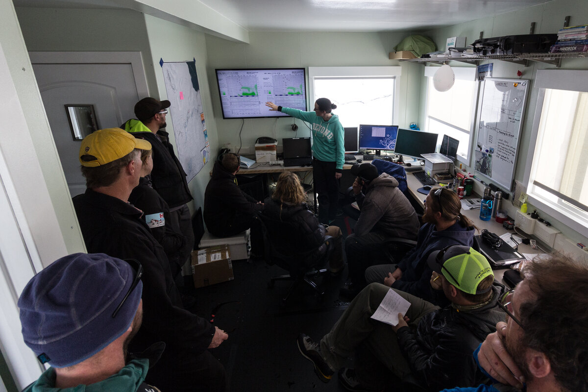 Weather briefing for guides and flight crew