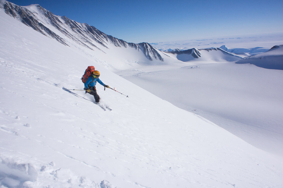 ALE guide 'Pachi' I. descends a slope on skis