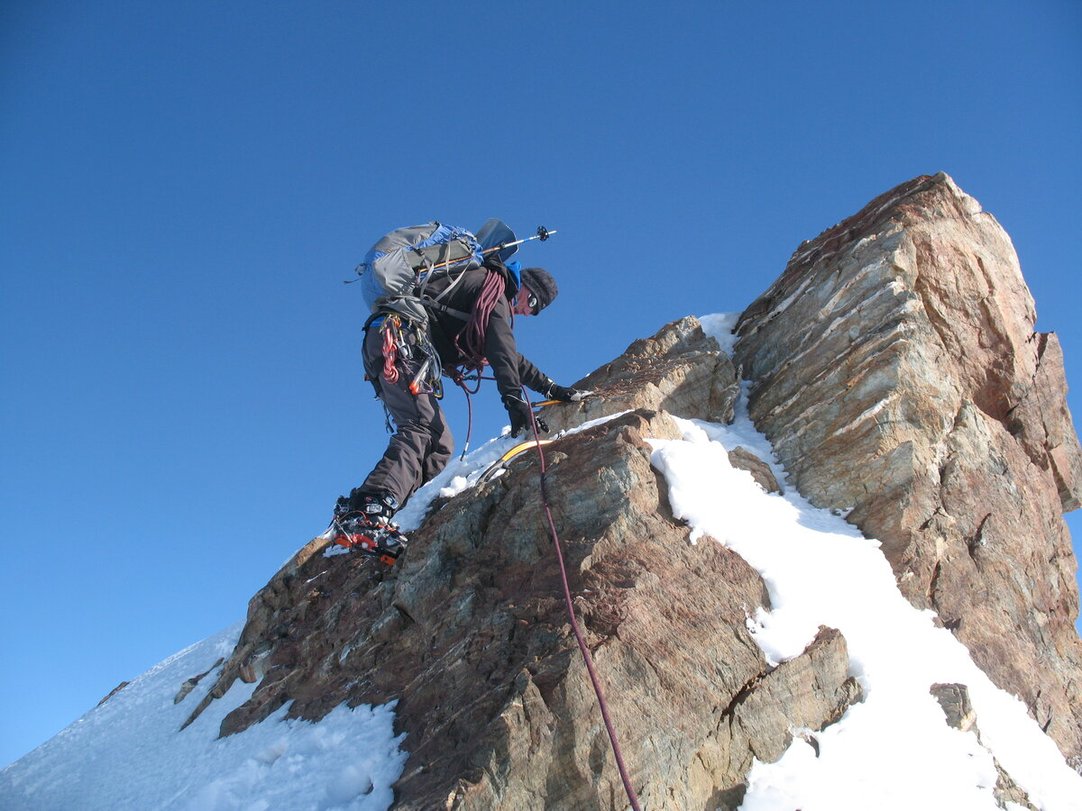 Rock step near summit of Mount Sporli