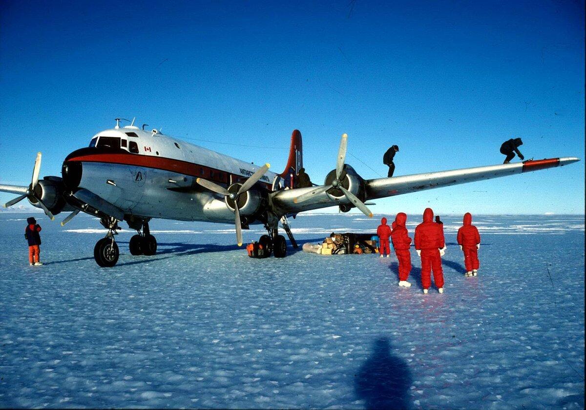 1st DC-4 landing at Patriot Hills runway, November 17, 1987.