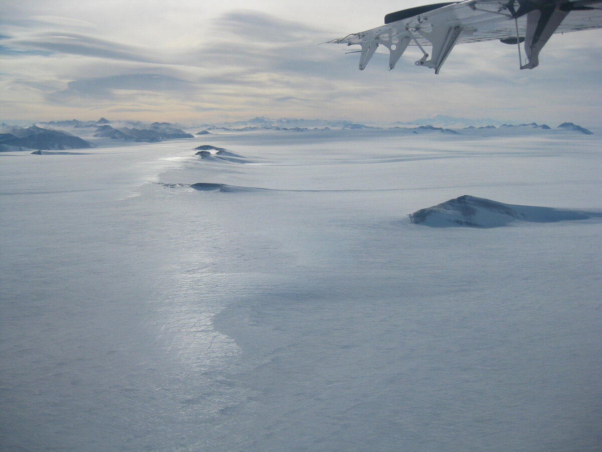 Hercules Inlet as seen from Twin Otter