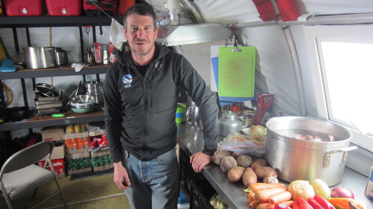 ALE guides prepare fresh vegetables at Vinson Base Camp